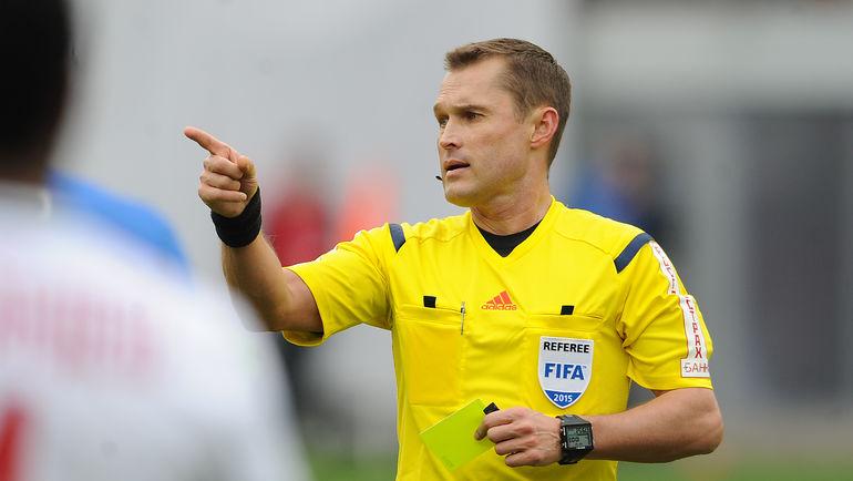 Правильное удаление Кабутова в матче - Владислав Безбородов