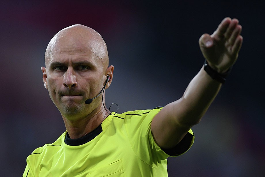 Ошибка Карасева привела к выходу Марселя в финал Лиги Европы
