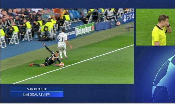 Реал - Аякс: аут или гол?